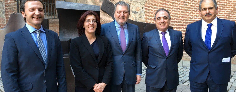 Miguel Ángel Paniagua Núñez, participa en la Comisión de Economía y Competitividad.