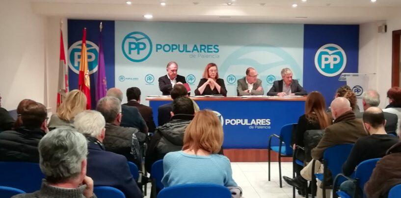 El PP se prepara para los retos de futuro de la capital y de la provincia con un equipo de programas cercano a las demandas de la sociedad palentina