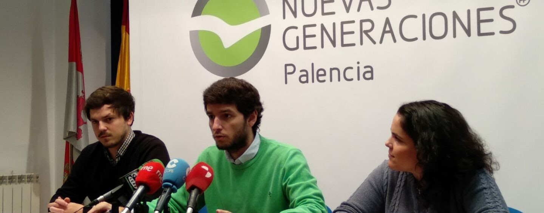 Nuevas Generaciones recoge alimentos a favor de los más necesitados de Palencia