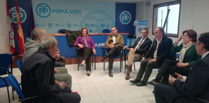 El PP de Palencia continúa trabajando con los clubes deportivos en su apuesta como motor de desarrollo